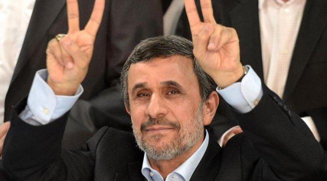 Ahmedinejad'ın yardımcısı ve danışmanına hapis cezası