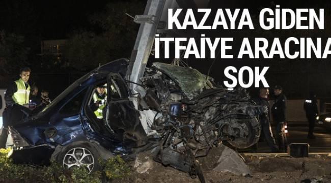 ANKARA'da baz istasyonu direğine çarpan otomobilin sürücüsü hayatını kaybetti.
