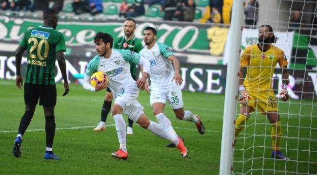 Bursaspor'dan Muhteşem Geri Dönüş: 4-2