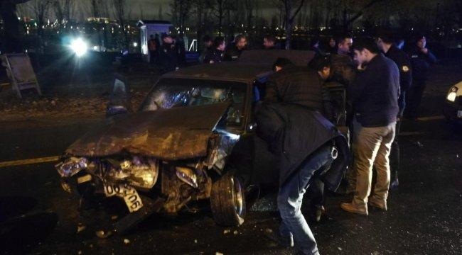 Ankara'da hareketli anlar... Arabadan çıkanlar şoke etti