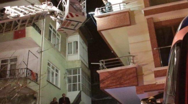Başkent'te korkutan yangın: 3 yaralı