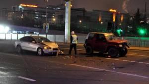 Ters Yöne Giren Sürücü Kazaya Neden Oldu: 3 Yaralı
