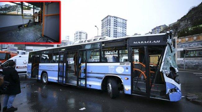 Başkent'te Özel Halk Otobüsü, Yol Temizleme Aracına Çarptı: 10 Yaralı