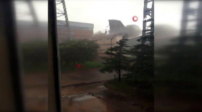 Ankara'da fırtına çatı uçurdu