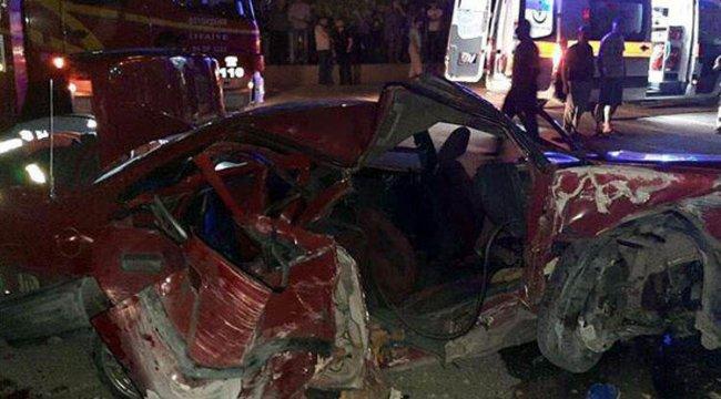 Ankara'da park halindeki kamyona çarptı: 2 ölü, 4 yaralı
