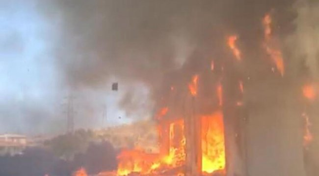 Ankara'da toptan gıda deposunda yangın