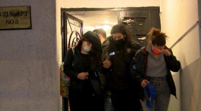 Ankara'da uyuşturucu partisi yapılan eve baskın: 7 gözaltı