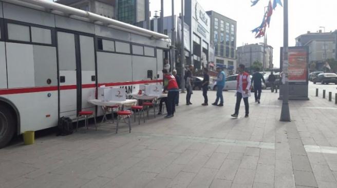 Sağlık Meslek Lisesi'nden kan bağışı kampanyası