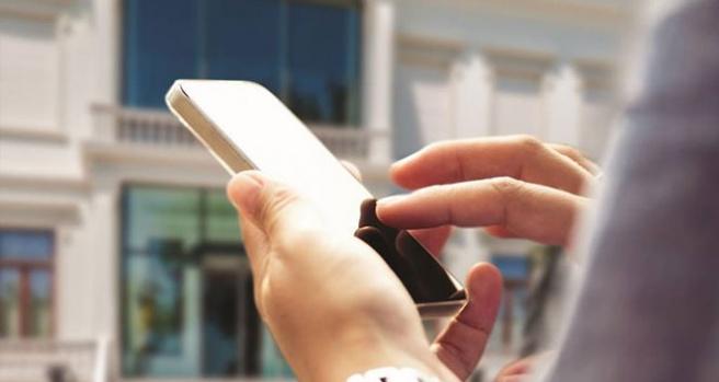 Sürekli cep telefonu kullanımına dikkat